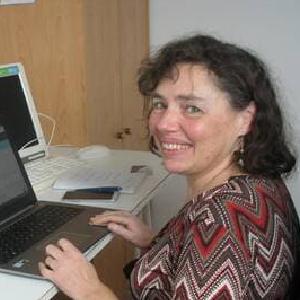 Muriel-Guillou-soutien-informatique-a-domicile